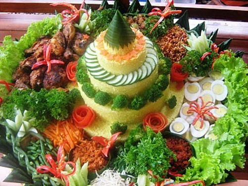 Tumpeng jogja dan Nasi Kuning | Catering di Jogja ...